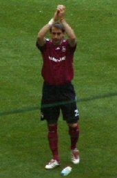 Javier Pinola www.supporters-club.de